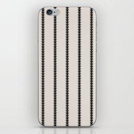Minimal Triangles - Black & White iPhone Skin