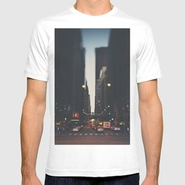 sunset in the city ... T-shirt