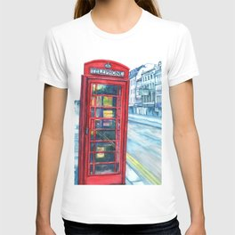 Red Phone booth, London. T-shirt