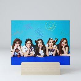 Red Velvet - RV Mini Art Print