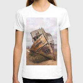 Point Reyes Shipwreck Photography, California Home Decor, Inverness Art, National Seashore Art, Boats T-shirt