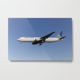 Boeing 767 United Airlines Metal Print