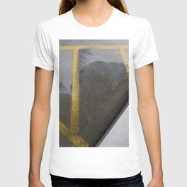 garage texture 2 T-shirt