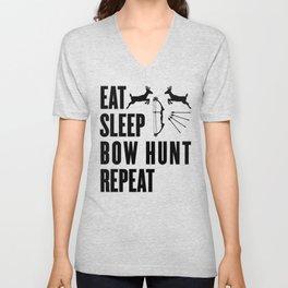 Hunter Bowhunter Bowhunting Huntress Huntsman Gift Unisex V-Neck