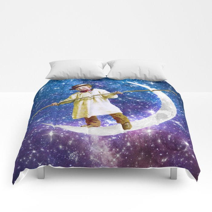 Playing on the Moon 1 Comforters