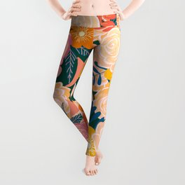 Pink and Peach Roses Pattern Warm palette Leggings