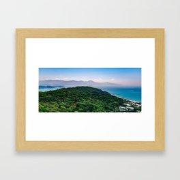 mer du Japon Framed Art Print