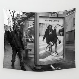 Black and white downtown streetphotography Wall Tapestry