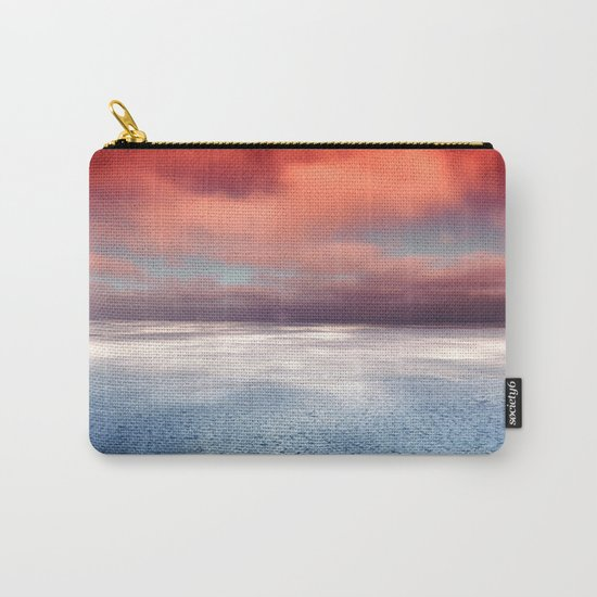 Hudson Bay 4 Carry-All Pouch