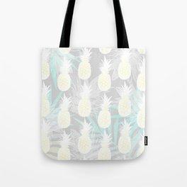 Elegant Pineapple Tropical Beach Pattern Tote Bag