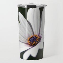 Daisy flower blooming close-up Travel Mug