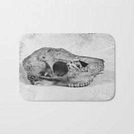 Whitetail Deer Skull (Doe) - 8x10 Tintype Photo Bath Mat