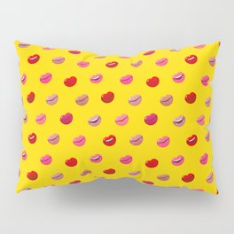 Red, pink and nude lips on yellow background pattern Pillow Sham