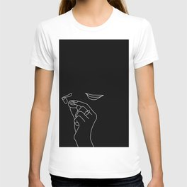 Minimal line drawing of Juliette Binoche and Johnny Depp in the famous Chocolat T-shirt