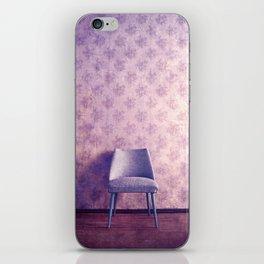 chaise III iPhone Skin