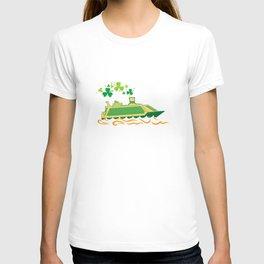 Shamrock Cruise Ship Ireland Flag St Patrick's Day T-shirt