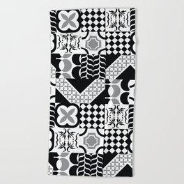 Black & White Mixed Square Tiles Patterns Beach Towel