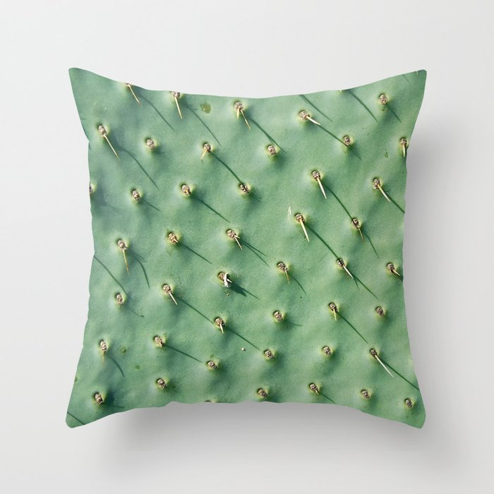 Cactus spikes Throw Pillow