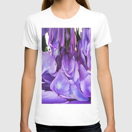 492 - Abstract Flower Design T-shirt