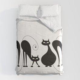 Four Cats / Cuatro Gatos Comforters
