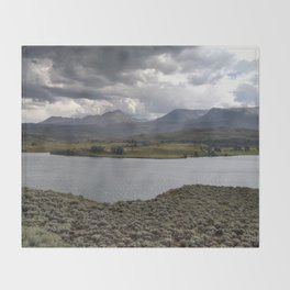 Green Mountain Reservoir Throw Blanket