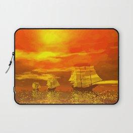 Segelschiffe im Sonnenschein Laptop Sleeve