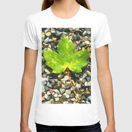 Green maple leaves T-shirt