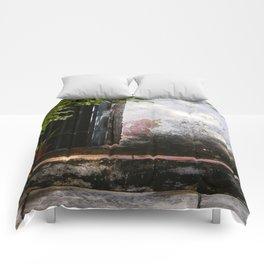 Un paisaje a la vuelta Comforters