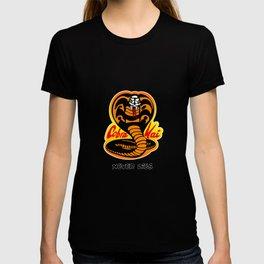 Cobra Kai - Never Dies - Karate Kid T-shirt