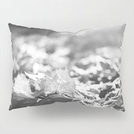 Autumn Leafs (Black and White) Pillow Sham