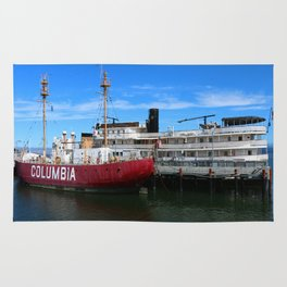Riverboat Legacy and Fireship Columbia on Columbia River Rug