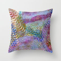 Feathered ripples Throw Pillow