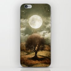 Once upon a time... The lone tree. iPhone Skin