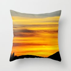 Scenic sunset Throw Pillow