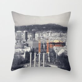 Me Encanta Barcelona Throw Pillow