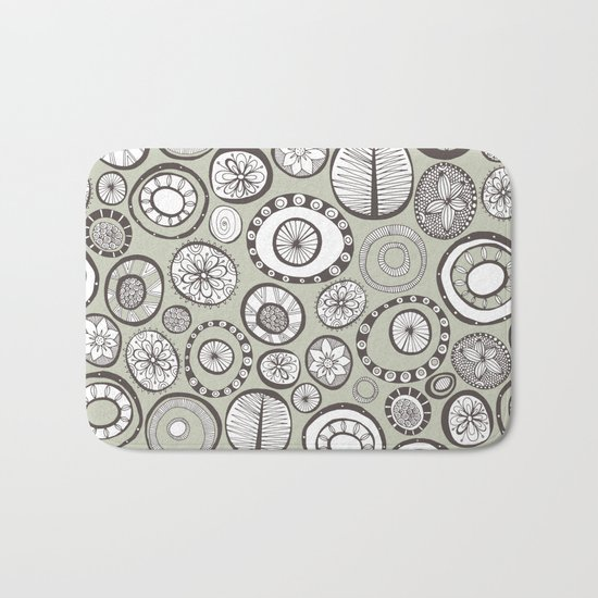 Honolulu hoops haze Bath Mat