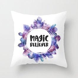Magic believer - white Throw Pillow