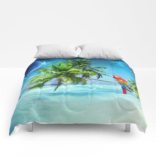 Parrot in the beach Comforters