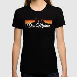 Vintage Des Moines Iowa Sunset Skyline T-Shirt T-shirt