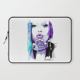 I give you a blown kiss Laptop Sleeve