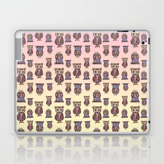 Owl pattern Laptop & iPad Skin