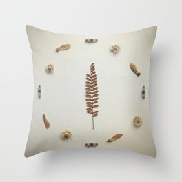 Natural Circle Throw Pillow