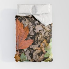 Autumnal leaves on the ground Duvet Cover