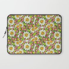 Christmas Daisy and Berries Pattern Laptop Sleeve