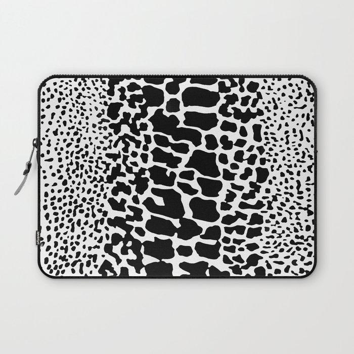 ANIMAL PRNT SNAKE SKIN WHITE AND BLACK PATTERN Laptop Sleeve