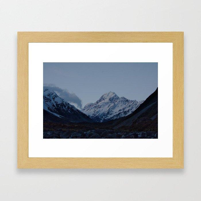 aoraki at dusk Framed Art Print