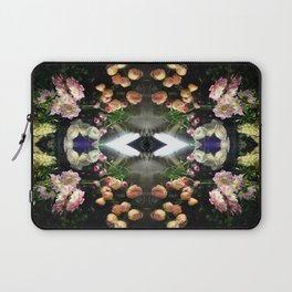 NIGHT CRAWLER II Laptop Sleeve