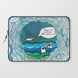 home is where the ocean is Laptop Sleeve