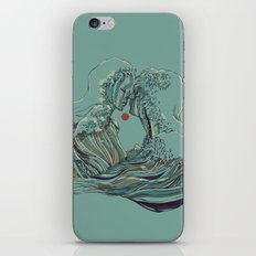 Kissing The Wave iPhone Skin