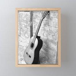 Gitarre Framed Mini Art Print